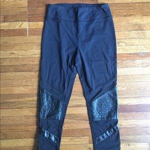 Hollister Black women's leggings with mesh -Medium